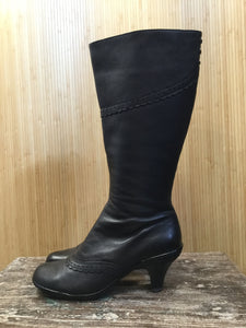 Sofft Leather Heeled Boots (6.5)