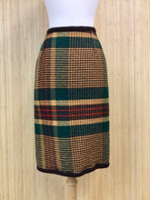 Load image into Gallery viewer, Vintage Knit Plaid Skirt (XS)