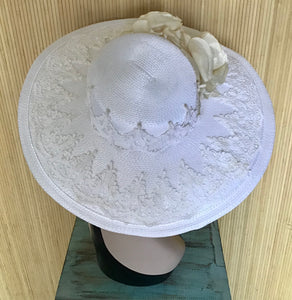 Wide Brimmed White Straw Hat