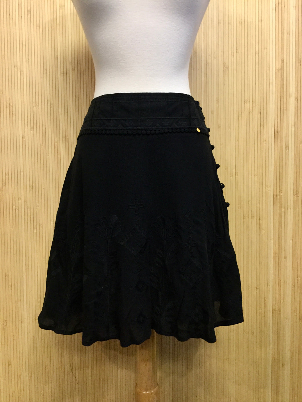 Harlyn Embroidered Miniskirt (S)