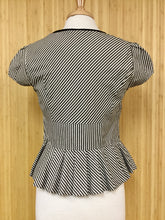 Load image into Gallery viewer, Taikonhu Peplum Top (M)