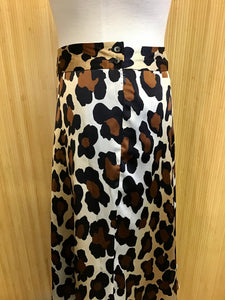 Jones Wear Leopard Print Skirt (L)