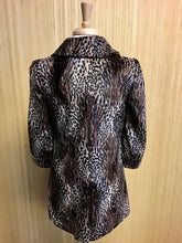 Load image into Gallery viewer, Faux Fur Guess Jacket (L)