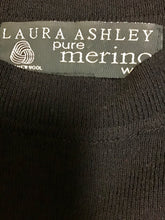 Load image into Gallery viewer, Laura Ashley Merino Wool Top (L)