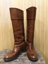 Load image into Gallery viewer, Frye Leather Round Toe Knee High Boots (8.5)