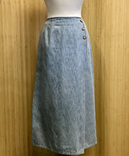 Load image into Gallery viewer, Nipon Studio Denim Midi Skirt (L)