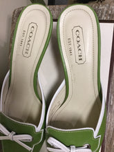 Load image into Gallery viewer, Coach Kelly Green Kitten Heel Shoes (7.5)