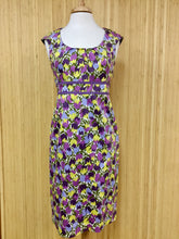 Load image into Gallery viewer, Floral Boden Dress (M)