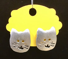 Load image into Gallery viewer, Cat Earrings