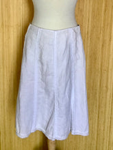 Load image into Gallery viewer, Boden Linen Skirt (L)