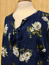 Load image into Gallery viewer, Talbots Sleeveless Floral Top (XL)