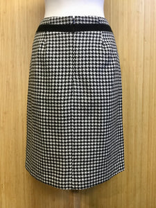 Abbie Mags Houndstooth Skirt (S)