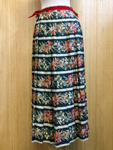 Load image into Gallery viewer, Cullinane Pleated Skirt (XS)