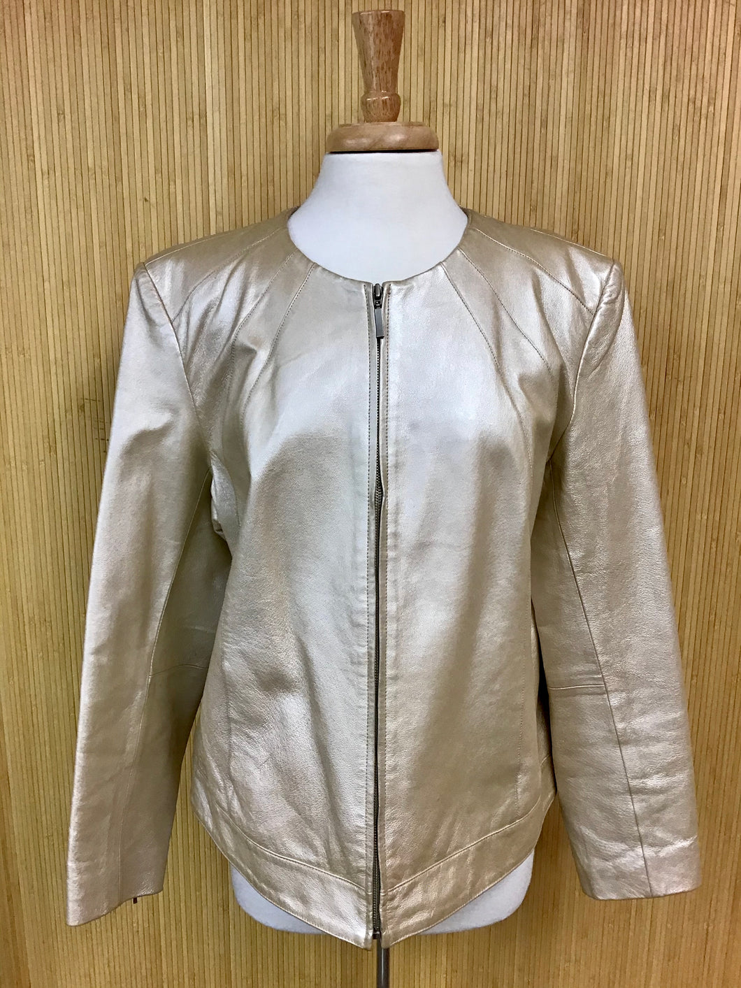 Dialogue Gold Leather Jacket (XL)