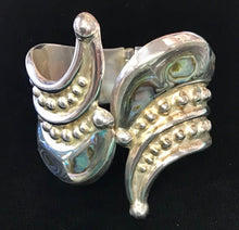 Load image into Gallery viewer, Sterling Silver and Abalone Bracelet