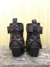 Load image into Gallery viewer, Ariat Leather Studded Ankle Boots (7.5)