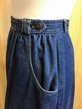 Load image into Gallery viewer, Sasson Denim Skirt (XS)