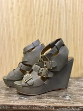 Load image into Gallery viewer, Cynthia Vincent Buckle Wedges (8.5)