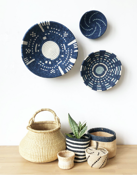 "16"" Blue and white Wall Basket"