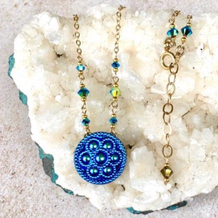 Turquoise Pop Flower Pendant Necklace