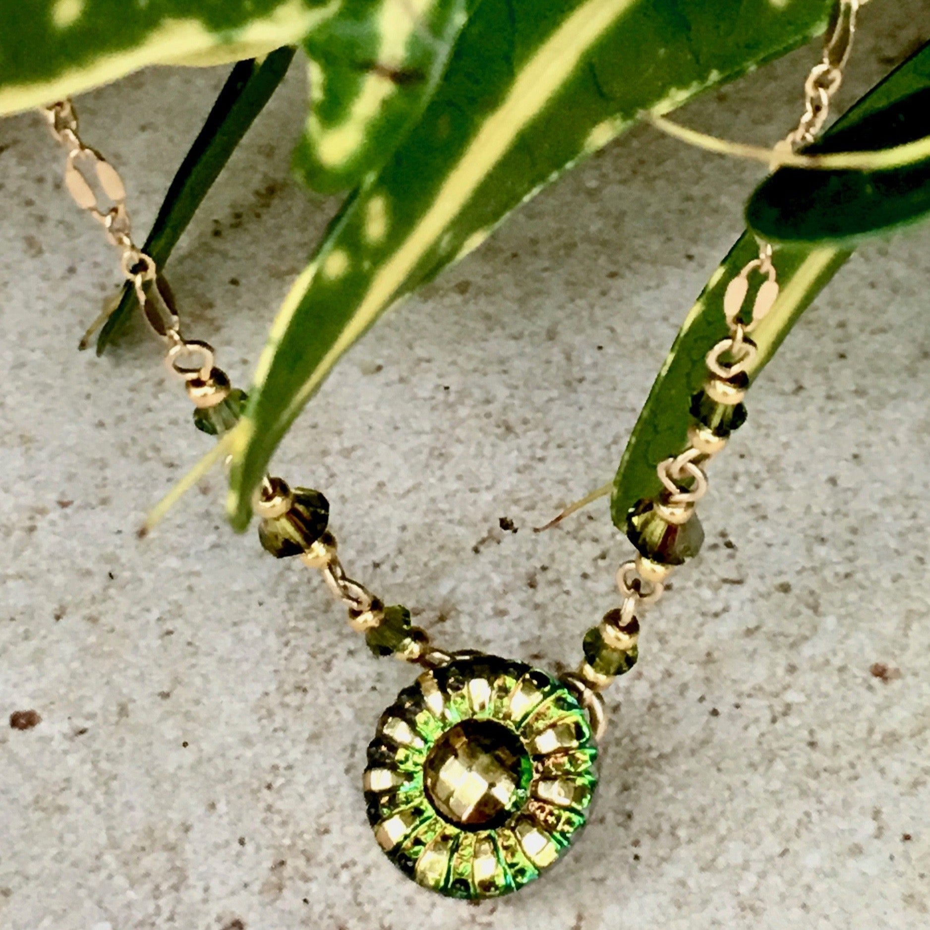 Minnie Series — Iridescent Green Deco Flower Pendant Necklace