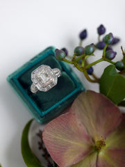 emerald green vintage engagement gift