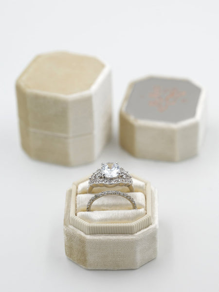 double ring bevel velvet ring box