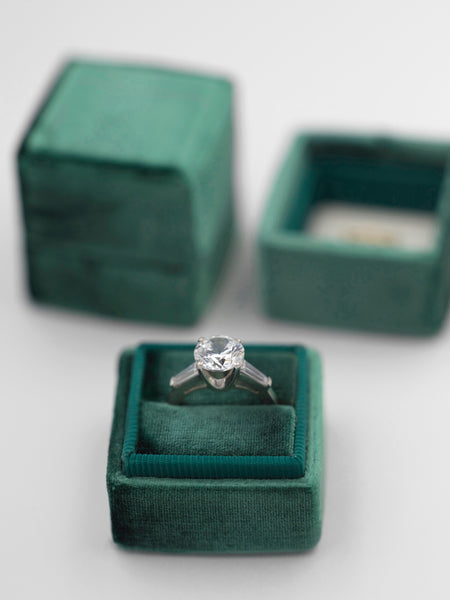 emerald green velvet wedding ring box