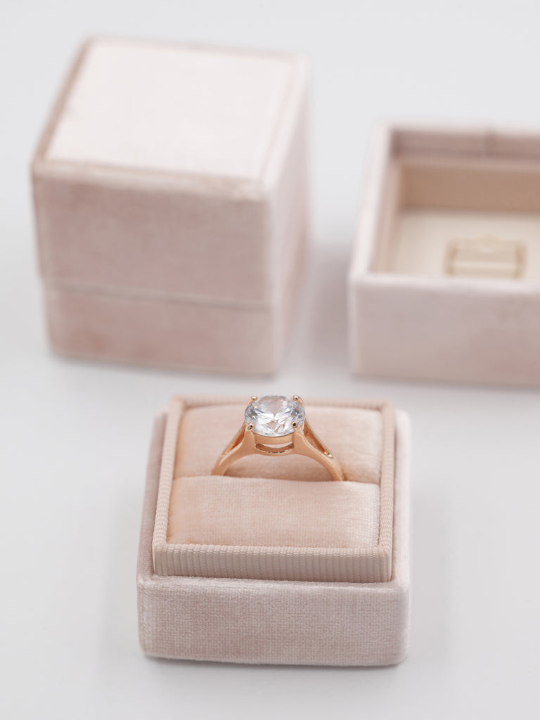 nude heirloom gift box ring