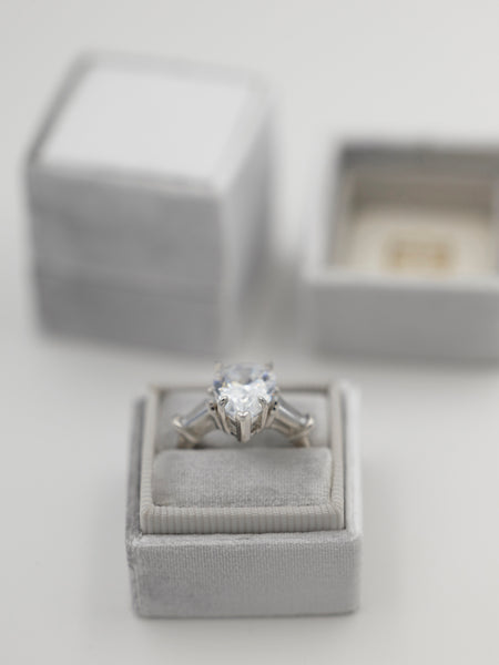 The Roosevelt Ring Box – The Mrs. Box