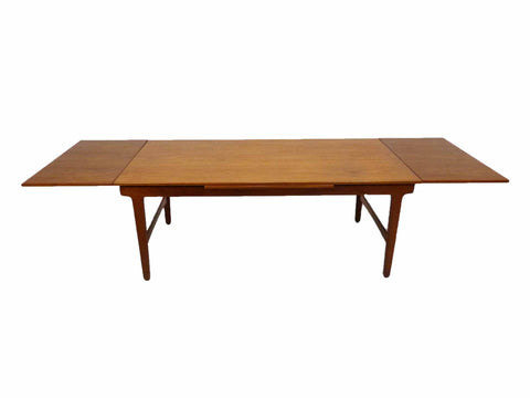 Danish Modern Teak Expandable Draw Leaf Extension Dining Table 1