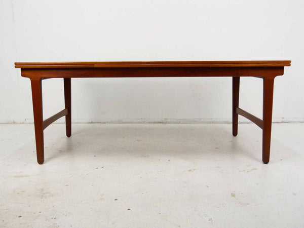 Danish Modern Teak Expandable Draw Leaf Extension Dining Table 3