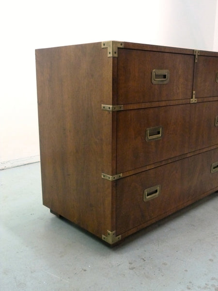 Vintage Henredon Campaign-Style Dresser Chest Img 5