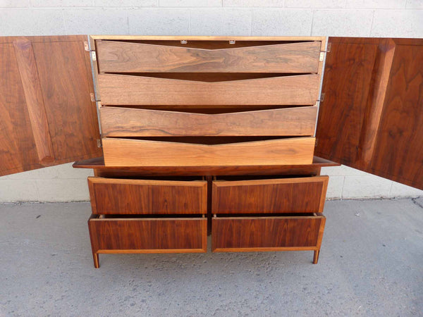 Hobey Helen Baker Walnut Asian Style Dresser Chest Mid-Century 4
