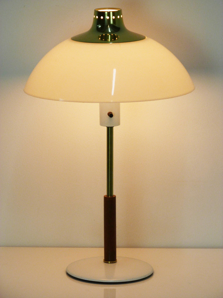 Gerald thurston lightolier dome desk table lamp oneandhome gerald thurston lightolier dome desk table lamp 5 geotapseo Image collections