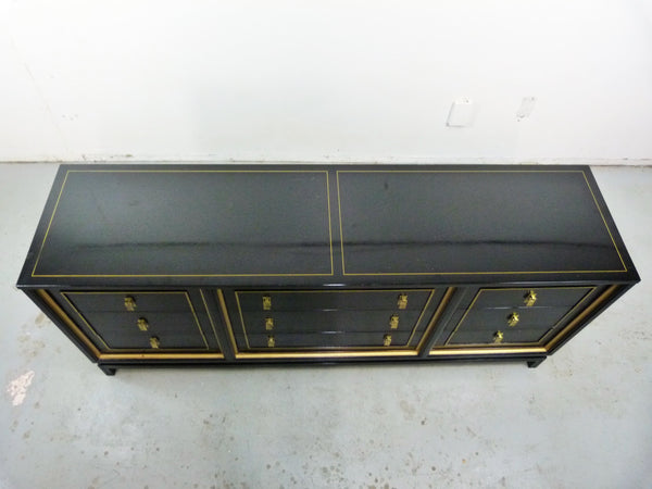 Black Lacquered Gilt Dresser American of Martinsville Mid-Cneutyr Img 3