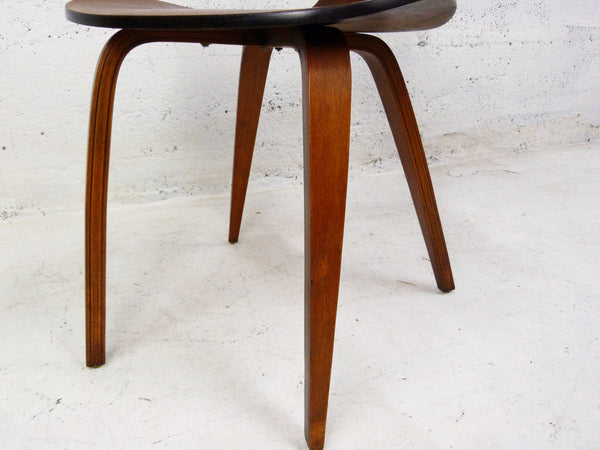 Molded Plywood Dining Chairs - Manner of Cherner