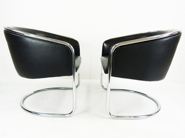 Thonet Barrel Back Club Cantilever Lounge Chairs Vintage Modern  Img 3