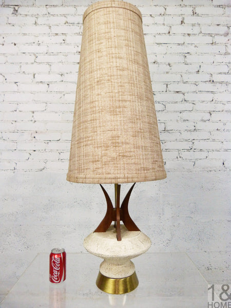 Sculptural Mid-Century Modern Table Lamp Walnut Accent by Plasto  4