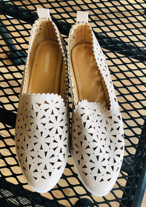 Cut-out Slip On Shoes