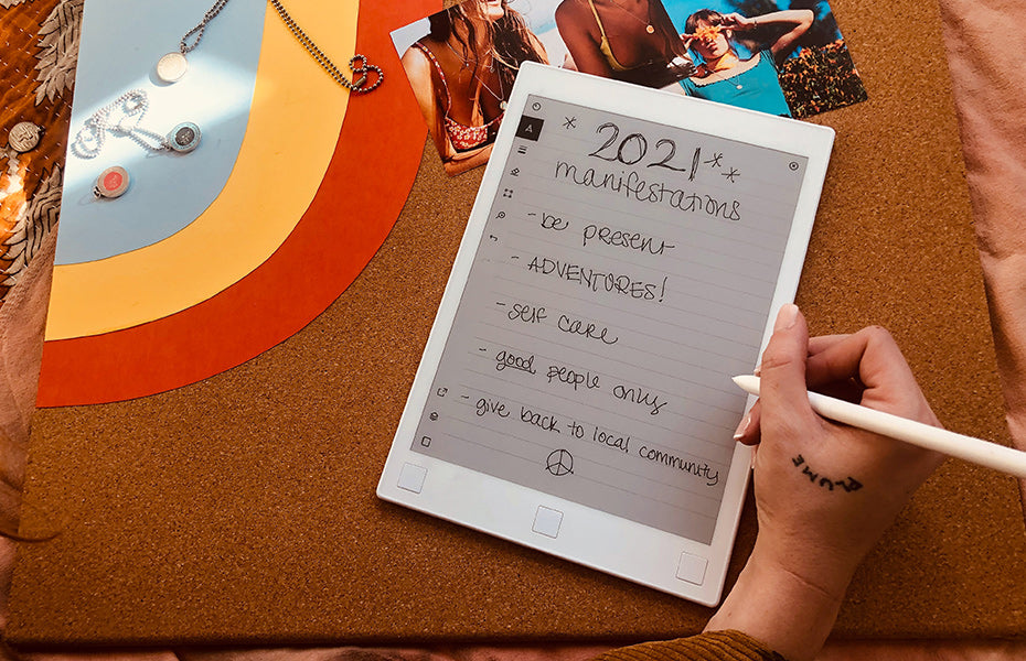 new year resolution ideas for students girl writing manifestations