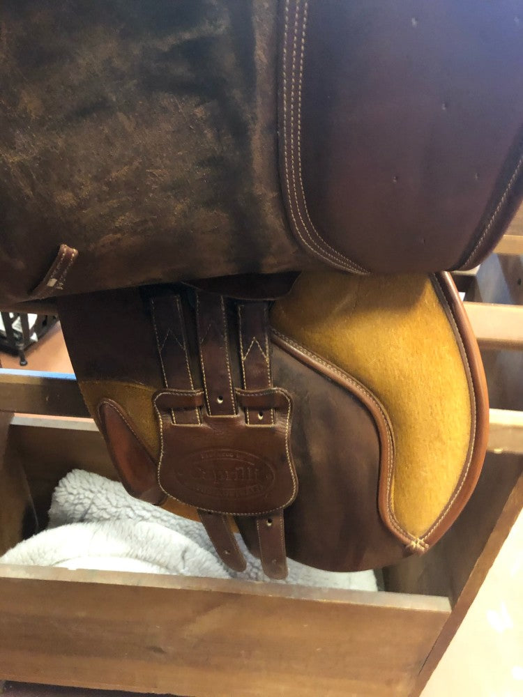 Bates Caprilli Close Contact Saddle 17
