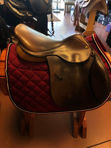Collegiate Close Contact Saddle