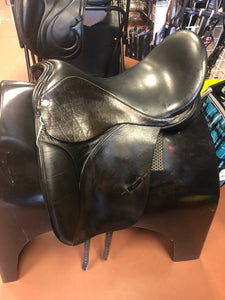 "Lovatt + Rickets Ellipse Dressage 17.5"" Med"