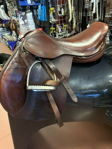"Jaguar XJS Close Contact Jumping Saddle, 16.5"" seat, Med/Wide tree"