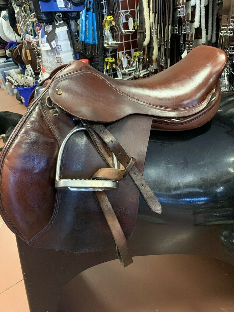 Jaguar XJS Close Contact Jumping Saddle, 16.5