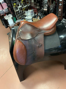 Pinnacle Close Contact Saddle 16 Inch Seat