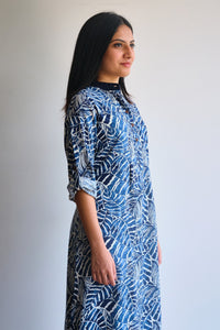 Leaf patterned indigo kurti