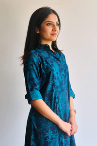 Floral & leaf patterned indigo kurti
