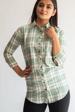 Load image into Gallery viewer, Green & white checked shirt